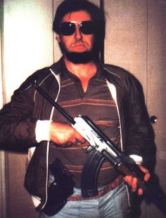 Jacques Mesrine, this man knew how to be a no nonsense hard cunt Mafia Gangster, Everything And Nothing, Historical Pictures, Serial Killers, This Man, Rogues, Old School, Gangsters, In This Moment
