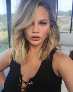 The queen of relatable social media posts, Chrissy Teigen, is back at it again. | Chrissy Teigen Just Shared The Most Relatable Snapchat Yet