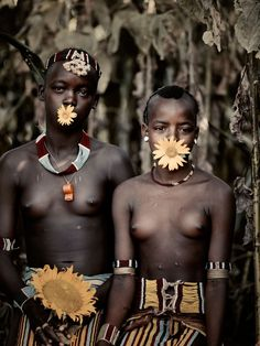 Banna Tribe of Ethiopia, by Jimmy Nelson Tribes Of The World, We Are The World, People Around The World, Cultures Du Monde, World Cultures, African Tribes, African Women, Martin Schoeller, Jimmy Nelson