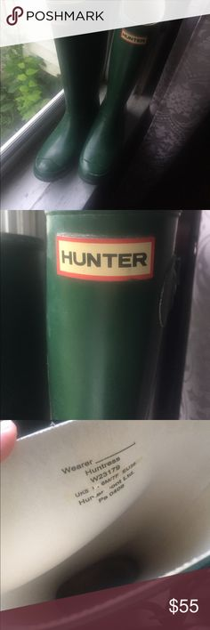 Green Hunter Wide Calf Huntress Rain Boots Green Huntress boots, lightly used! One of the side buckles is missing (see last pic), but it's not super noticeable. Re-poshing these because my calves are a little too big for them despite the wide-calf size 😩 So sad to see them go Hunter Shoes Winter & Rain Boots