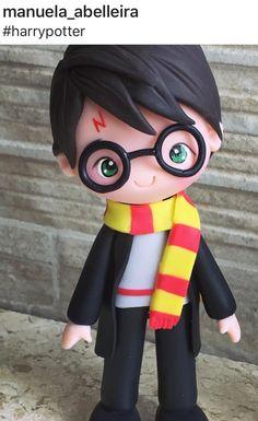 Gateau Harry Potter, Deco Harry Potter, Harry Potter Games, Harry Potter Theme, Hery Potter, Dobby Harry, Art And Craft Videos, Harry Potter Christmas, Fondant Tutorial