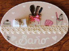 Placa para puerta modelo baño fondo rosa. http://www.mantelesyregalos.com/placas-para-puertas/3054-placa-para-puerta-bano-fondo-rosa.html
