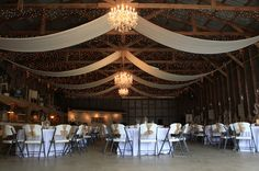 Stampede Party Barn Venue at Bauer Ranch in Winnie, Texas. Photo by Mandy Bonds Photography.