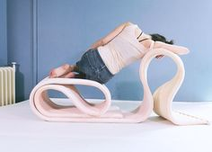 This flexible seating structure by Finnish designer Kirsi Enkovaara can be rolled and folded into a plethora of configurations to support the body in comfortable or strange positions. Repurposed Furniture, Unique Furniture, Furniture Decor, Furniture Design, Flexible Furniture, Smart Furniture, Boston Interiors, Sou Fujimoto, Futuristic Furniture