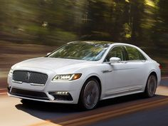 Lincoln Is Setting A New Luxury Flagship. The brand that is almost 100 years old was meant to be Ford's luxurious class, which has been made very clear by all of the state officials and Presidents that have been driven in Lincoln cars. The former symbol of prestige has become somewhat less noticeable lately, especially since Cadillac...
