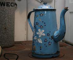 Google Afbeeldingen resultaat voor http://www.brocantegids.nl/wp-content/uploads/2011/12/Brocante-Blauwe-Ketel-1.jpg