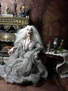 Halloween Ghost/Vampir Miniatur OOAK Dollhouse Poseable Puppe