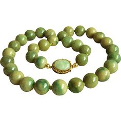 Fabulous Rare 14K Vintage Large Jadeite Jade Beads Necklace 18 1/4' Heavy 114 g $2.500