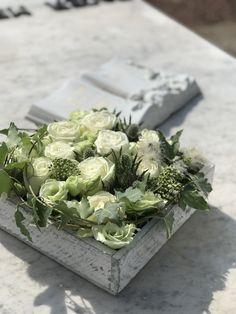 Luxury Flowers, Acrylic Box, In Loving Memory, Flower Boxes, Funeral, Flower Arrangements, Succulents, Rose, Garden