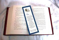 Hey, I found this really awesome Etsy listing at https://www.etsy.com/listing/112750037/100-peacock-feathers-bookmarks-price