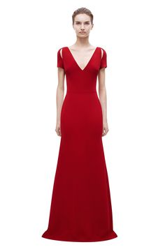 BAFTAs sees Game Of Thrones  Emilia Clarke n a plunging scarlet gown bfa1caf951