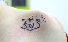 #literarytattoos http://writersrelief.com/ I love this. I may have just found my tattoo. http://lorilrobinett.com