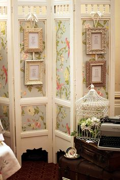 60 Ideas For Vintage Room Divider Shabby Chic Folding Screens Shabby Chic Bedrooms, Shabby Chic Cottage, Shabby Chic Homes, Shabby Chic Furniture, Shabby Chic Decor, Shabby Chic Room Divider, Diy Furniture, Diy Room Divider, Room Divider Screen
