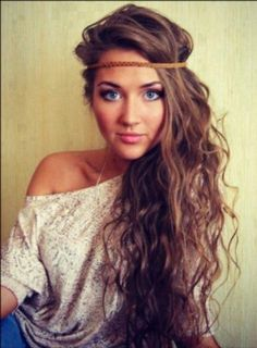Soo beautyfull i hope i can make my hair grow like this ♡ some day