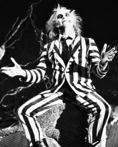 I can not think of a Tim Burton film I don't love. So it's hard picking some for this board. But Beetlejuice is one of the most watched. Michael Keaton is brilliant. Who would of thought being dead could be so much fun? Michael Keaton, Tim Burton Characters, Movie Characters, Roller Derby, Roller Skating, Movies Showing, Movies And Tv Shows, Tim Burton Personajes, Beetlejuice