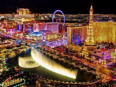 Las Vegas Strip At Night Seen From The Balcony Of The Cosmopolitan San Diego, San Francisco, Outback Steakhouse, Grand Canyon, Vegas Birthday, Dangerous Roads, Real Estate Prices, Casino Hotel, Las Vegas Strip