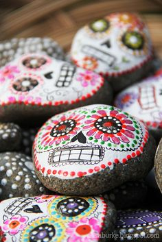 Stone Sugar Skulls. Love these!!!! DIY by Alisa Burke
