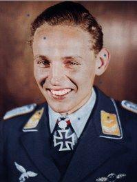 Leutnant-Erich-Hartmann-color-colour-farbe-Eichenlaub-Oakleaves-Berghof