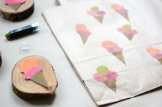 we love handmade | DIY: Eis-Stempel aus Moosgummi | http://welovehandmade.at