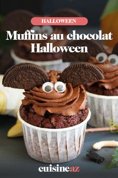 Des muffins au chocolat pour votre goûter ou dessert d'Halloween. Ces pâtisseries feront plaisir aux petits comme aux grands. #muffin #dessert #chocolat #patisserie #recette #cuisine #halloween Moist Chocolate Chip Muffins, Apple Oatmeal Muffins, Chocolat Halloween, Oreo, Dessert Halloween, Homemade Muffins, Banana Nut, Breakfast Muffins, 20 Min