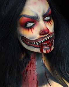 I fucking love this one! Scary Clown Makeup, Creepy Halloween Makeup, Halloween Looks, Maquillaje Halloween Videos, Horror Make-up, Carnival Makeup, Theatrical Makeup, Special Effects Makeup, Face Paint Makeup