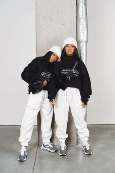 Latest Outfits, Edgy Outfits, Fashion Outfits, Aesthetic Hoodie, Aesthetic Clothes, Poses, Joggers Outfit, Black Girl Aesthetic, Colorful Hoodies