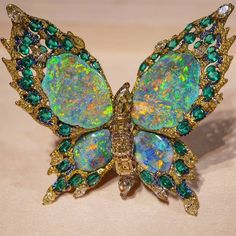 Turquoise Jewelry Necklace Absolutely breath-taking opal butterfly pin - Insect Jewelry, Butterfly Jewelry, Bird Jewelry, Animal Jewelry, Opal Jewelry, Turquoise Jewelry, Jewelery, Jewelry Design, Butterfly Pin