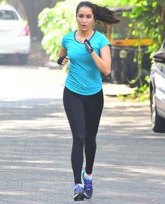 Shraddha Kapoor was spotted jogging across a busy street in Mumbai on January 02, 2018  #ShraddhaKapoor #BFSpot #Celebrity #Gym #Sightings #CelebrityGymSightings #bollywood #news #indianews #bollywoodactress #parineetichopra #saree #shraddhakapoor #sonamkapoor #tapseepannu #aishwaryaraibachhan #urvasiratauela #kajalaggrawal #indian #aliabhatt #nargisfakri #kritisanon #sunnyleone #deepikapadukone #dishapatani #katrinakaif