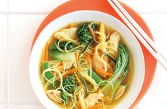 Chinese chicken noodle broth