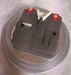 Purppurahelmen juhla- ja  fantasiakakut: Vänrikki-kakku