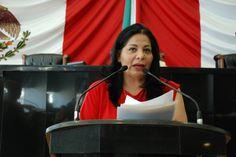 <p>Chihuahua, Chih.- La diputada presidenta de la Junta de Coordinación Política, Diana Karina Velázquez, presentó el dictamen