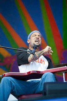 Ben Harper, New Orleans Jazz and Heritage Festival. Wish I had been there