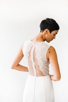 Slim crepe gown with illusion lace sheer back by Nouvelle Amsale Photo: Kristen Kay Photography Bridal Gowns, Wedding Gowns, Wedding Dress Shopping, Salt Lake City, Designer Wedding Dresses, Illusion, Utah, Slim, Lace