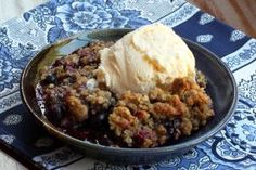 Here are a dozen incredibly delicious desserts that will make a lasting impression on your guests, and not one of them involves making a pie crust.: Blueberry Crisp with Oat Crumb Topping