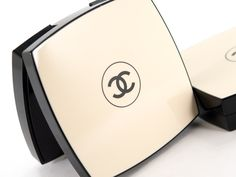 Chanel Les Beiges Healthy Glow Sheer Powder - new toy to play with.