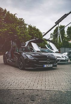 Mercedes-Benz SLS AMG Black Series & SLR McLaren
