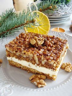 Honey Cake with Nuts Polish Desserts, Polish Recipes, Sweet Recipes, Cake Recipes, Dessert Recipes, Dessert Drinks, Dessert For Dinner, Delicious Desserts, Yummy Food