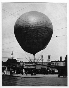 Balloon :: Clark County Historical Museum Photograph Collection Vancouver Washington, Washington State, Esther Short Park, Clark County, Old Images, Historical Photos, Past, Balloons, Photograph