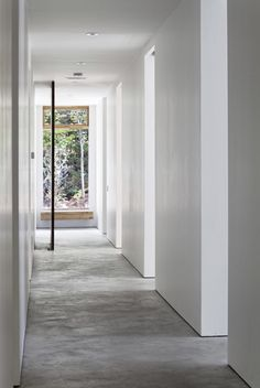 Image 4 of 14 from gallery of Carling Residence / Tact Architecture. Photograph by Terence Tourangeau