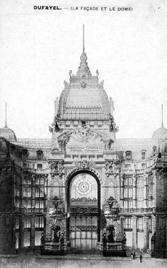 Paris Past - Les Grands Magasins Dufayel Architecture Parisienne, Parisian Architecture, Neoclassical Architecture, Vintage Architecture, Historical Architecture, Beautiful Architecture, Urban Architecture, Paris 1900, Old Paris