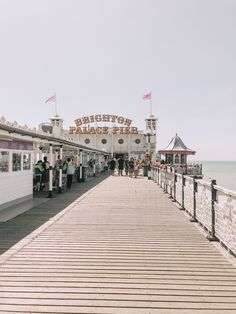 Brighton Palace Pier by Lara Gelders ( - Mapify Brighton Sussex, Brighton England, Brighton And Hove, Places To Travel, Places To Visit, Seaside Beach, England And Scotland, City Photography, Outdoor Art