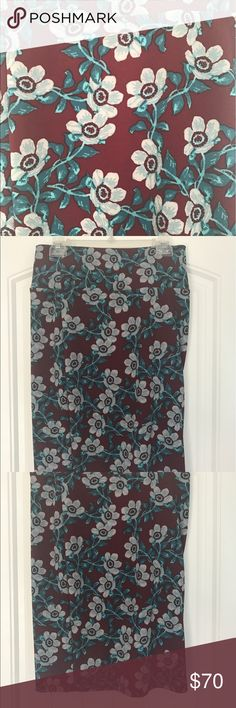 Roses/Tribal Cassie Skirt Size M Maroon/Teal Size M Cassie in rose/tribal print. Material is material and is stretchy. New with tags. Size M LuLaRoe Skirts Pencil