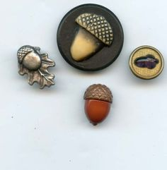 Acorn / buttons -- 2 of my absolutely favorite things ♥ ♥  #acornfascination