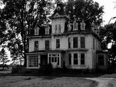 Abandoned Victorian House - Michigan, USA