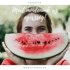 Prevent aging is possible! You can influence your aging process, slow it down or reverse it. A healthy lifestyle, regular workouts support anti aging. What Can Chickens Eat, Spiked Watermelon, Eating Watermelon, Chicken Eating, Stay Young, Feel Better, Health And Wellness, Health Goals, Mental Health