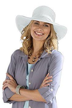 Cerchi un cappello da portare con te in viaggio? Questo elegante cappello estivo è pieghevole, puoi trasportarlo nella tua borsa o trolley, poi si apre e riprende la sua forma quando hai bisogno di ripararti dal sole. Elegante, leggero e traspirante, ha una fascia interna regolabile per un comfort e una calzata personalizzata. #cappello #Coolibar