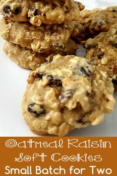 Made exact recipe; baked 12 minutes total, turning pan at 5 min. Made 10 cookies. Small Batch Cookie Recipe, Small Batch Baking, Soft Oatmeal Raisin Cookies, Oatmeal Cookie Recipes, Single Serve Desserts, Small Desserts, Mini Dessert Recipes, Breakfast Cookies, Dessert For Dinner