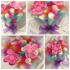 Beautiful Diaper Bouquet by MTKGDiaperCakes on Etsy Baby Shower Diapers, Baby Shower Gifts, Diaper Bouquet, Craft Presents, Baby Shawer, Party Decoration, Diy Hacks, Shower Party, Burp Cloths