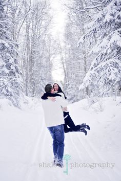 Gorgeous - Winter Engagement