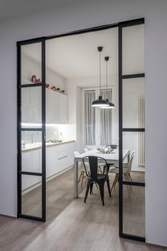 View the full picture gallery of Appartamento MB Kitchen Room Design, Kitchen Cabinet Design, Modern Kitchen Design, Interior Design Kitchen, Interior Decorating, Kitchen Decor, Design Vitrail, Cuisines Design, House Rooms